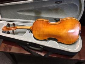 Back view of a Brevete 4/4 Violin for sale at adamsmusic.com