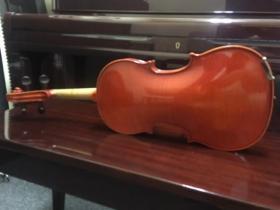 Back view of Ernst Heinrich Roth violin at adamsmusic.com