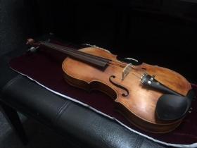 front view of Bergonzi Violin for sale at adamsmusic.com