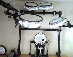 Roland TD-8 V-Drums for rent at adamsmusic.com