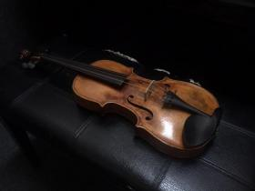 Front view of Hopf Violin for sale at adamsmusic.com