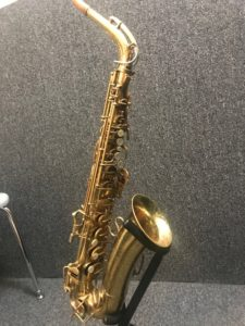 Selmer Signet alto sax 46917 at Adam's Music Los Angeles-2