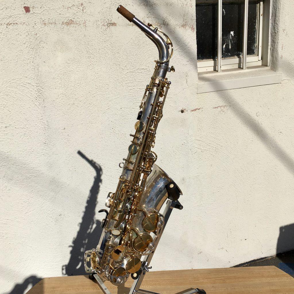 Antigua alto sax overall view